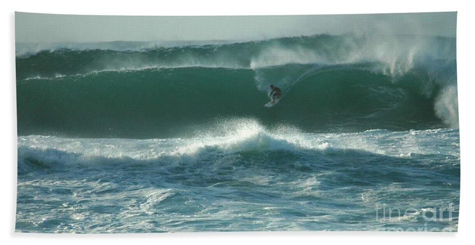 Hawaii Bath Sheet featuring the photograph Big Surf by Mark Gilman