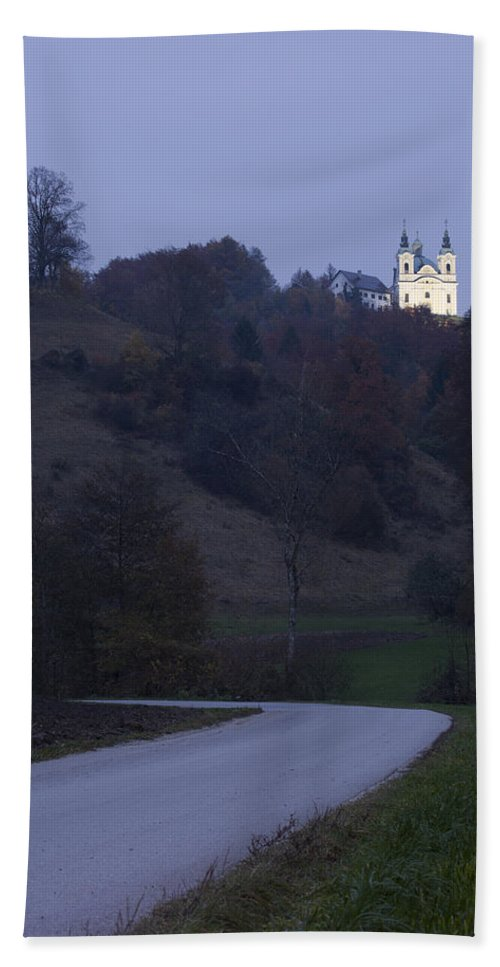 Tunjice Bath Sheet featuring the photograph Church On The Hill by Ian Middleton