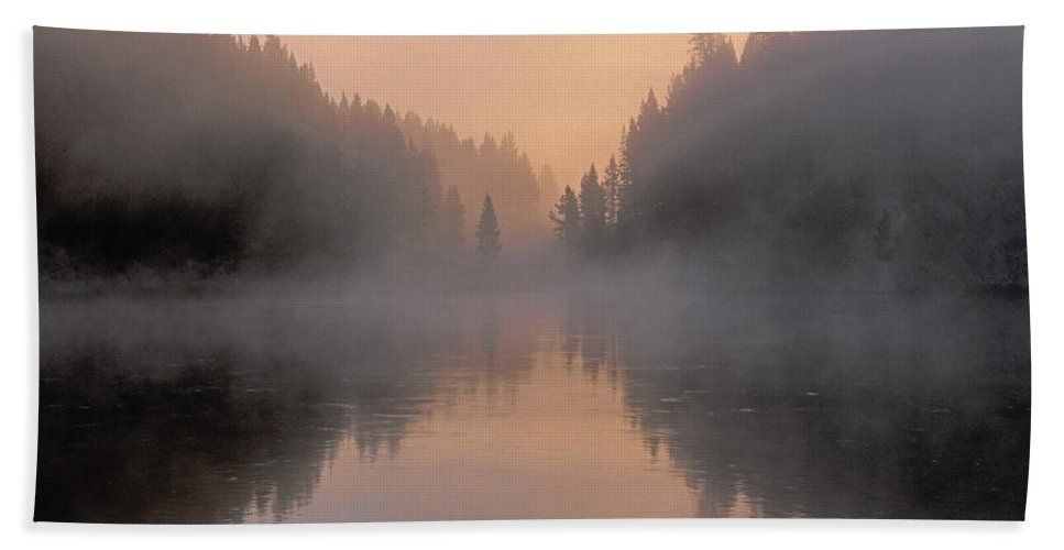 Bronstein Hand Towel featuring the photograph Dawn On The Yellowstone River by Sandra Bronstein