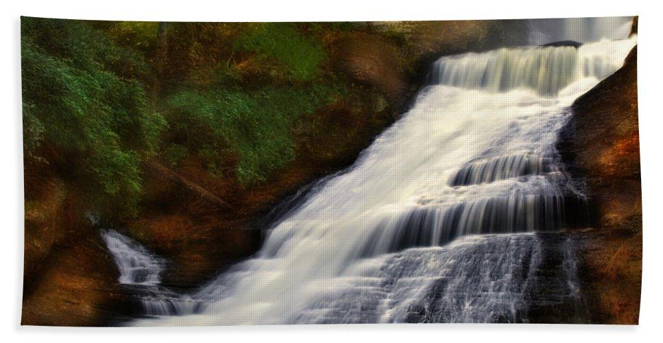 Dingmans Falls Bath Sheet featuring the photograph Dingmans Falls by Susan Candelario