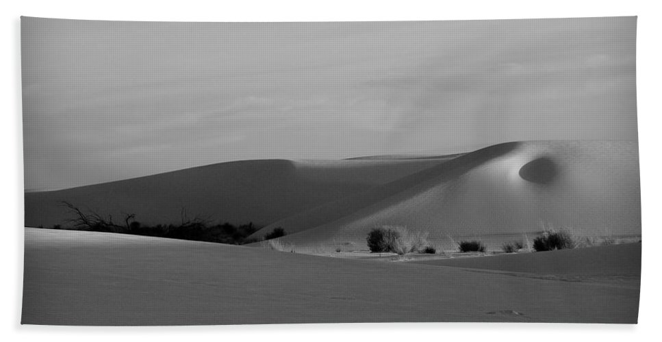 New Mexico Bath Sheet featuring the photograph Dunes 6 by Sean Wray