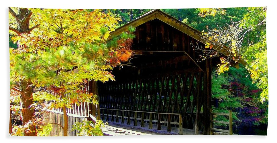 Covered Bridges Hand Towel featuring the photograph Enticement by Karen Wiles