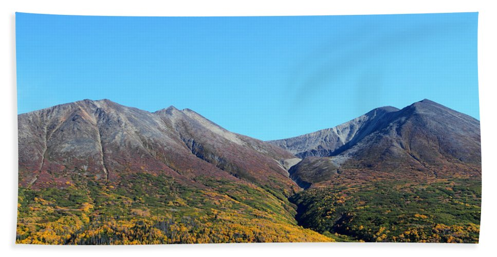 Doug Lloyd Hand Towel featuring the photograph Fall Mountains by Doug Lloyd