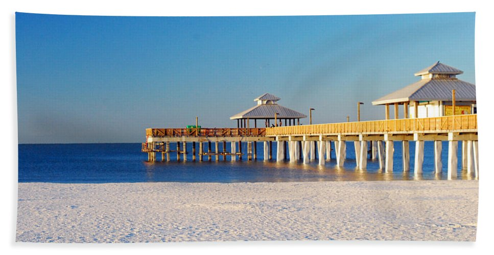 Florida Bath Sheet featuring the photograph Fort Myers Beach Pier by Gary Wonning