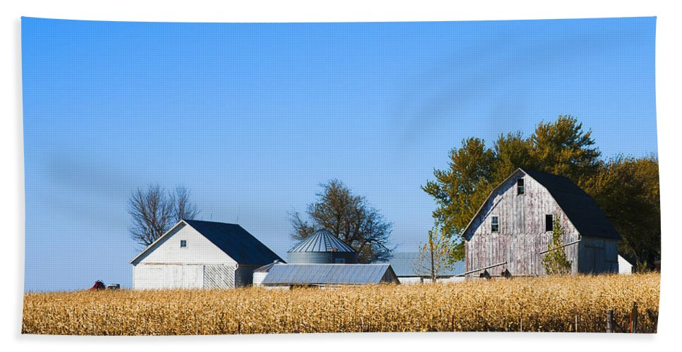 Barns Hand Towel featuring the photograph Harvest Time by Edward Peterson