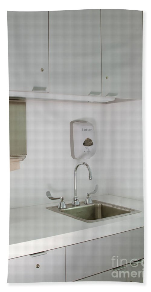 Cabinets Hand Towel featuring the photograph Hospital Sink by Photo Researchers