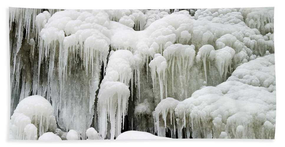 Ice Hand Towel featuring the photograph Icicles by Ted Kinsman