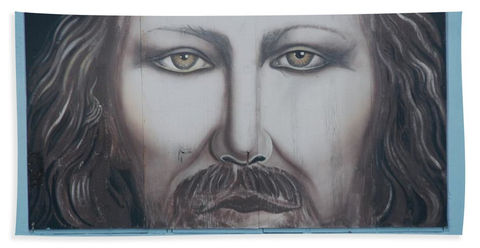 Scenic Hand Towel featuring the photograph Jesus On The Street by Rob Hans