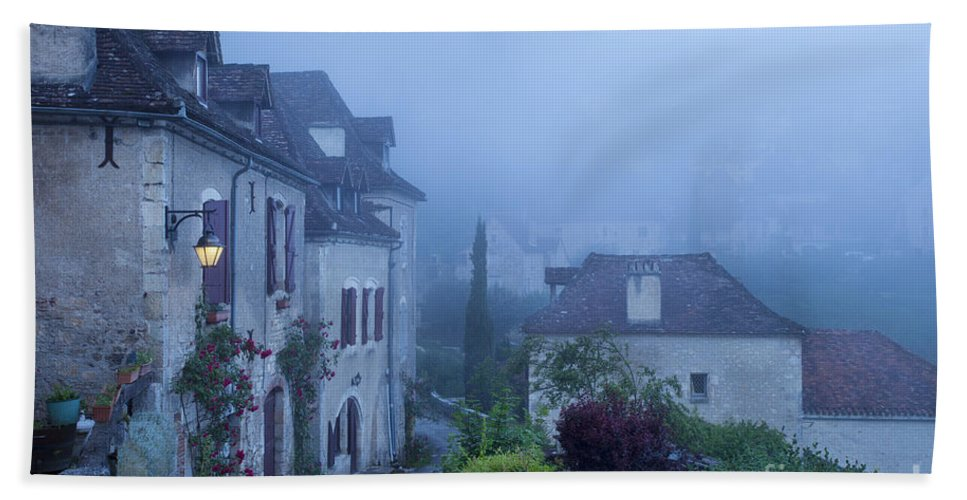 Arch Bath Sheet featuring the photograph Misty Dawn In Saint Cirq Lapopie by Brian Jannsen