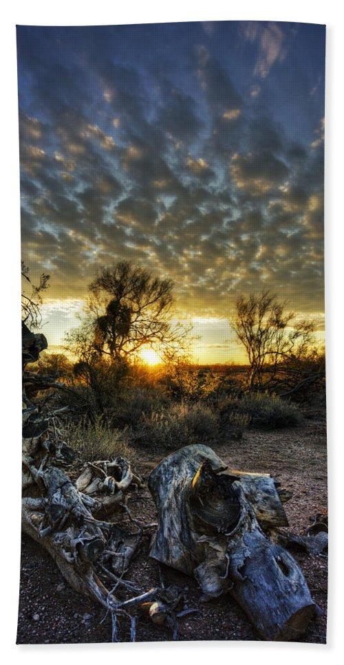 Sunrise Bath Towel featuring the photograph Morning Calling by Saija Lehtonen