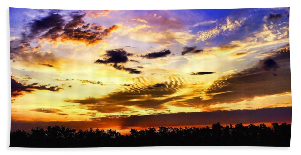 Landscape Bath Sheet featuring the photograph Morning Mix by Debbie Portwood