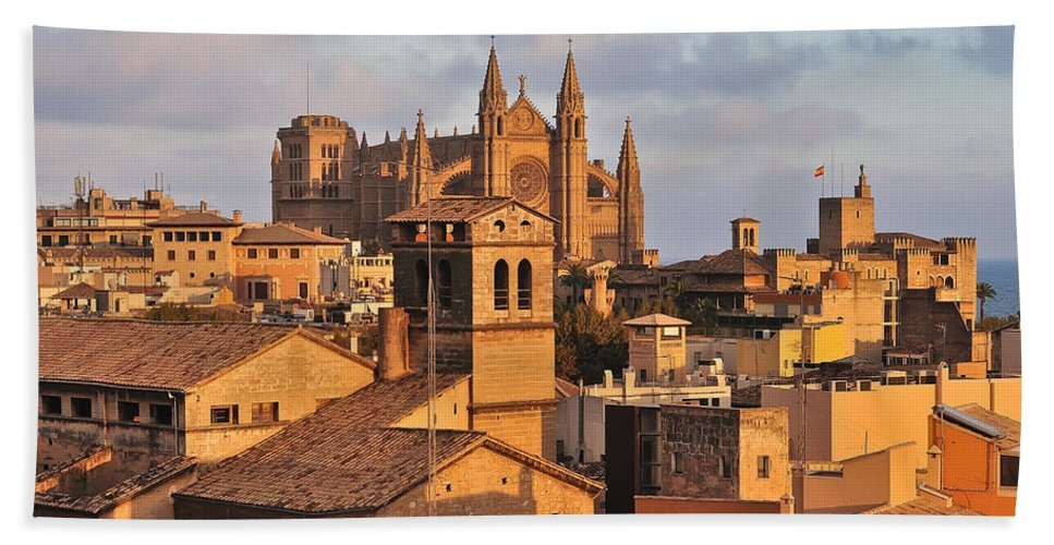 Roof Hand Towel featuring the photograph Palma De Mallorca by Alexandr Marynkin