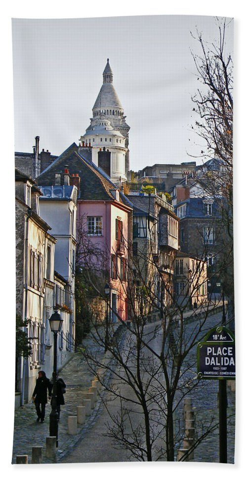 Paris Hand Towel featuring the photograph Parisian Street Scene by David Pringle