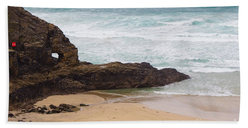Perranporth Hand Towel featuring the photograph Perranporth In The Winter by Brian Roscorla