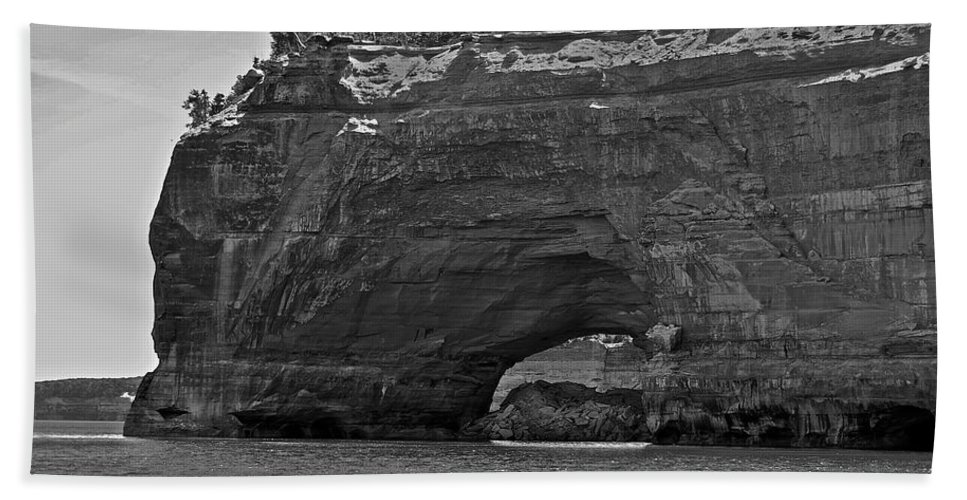 Pictured Rocks Hand Towel featuring the photograph Pictured Rocks Arch by Michael Peychich