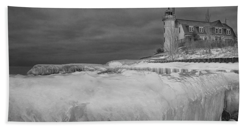 Art Bath Sheet featuring the photograph Point Betsie Lighthouse In Winter by Randall Nyhof