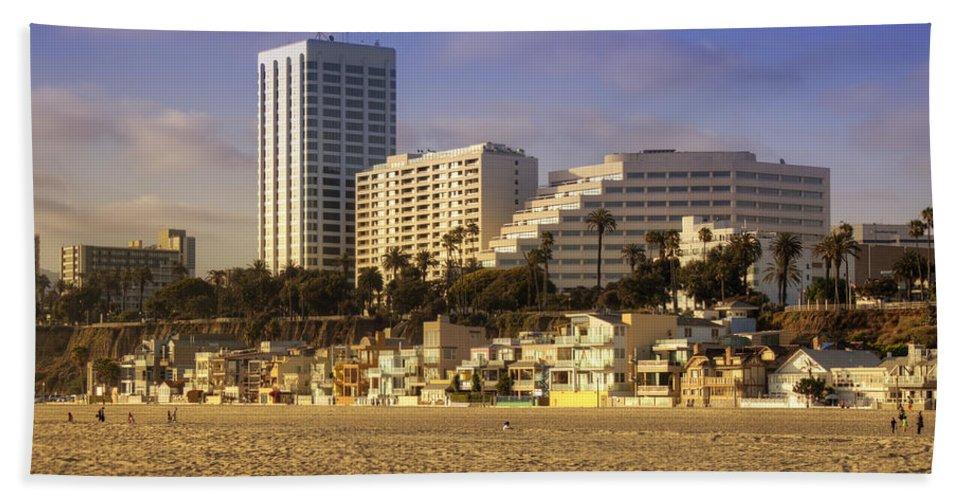 Santa Hand Towel featuring the photograph Santa Monica by Ricky Barnard
