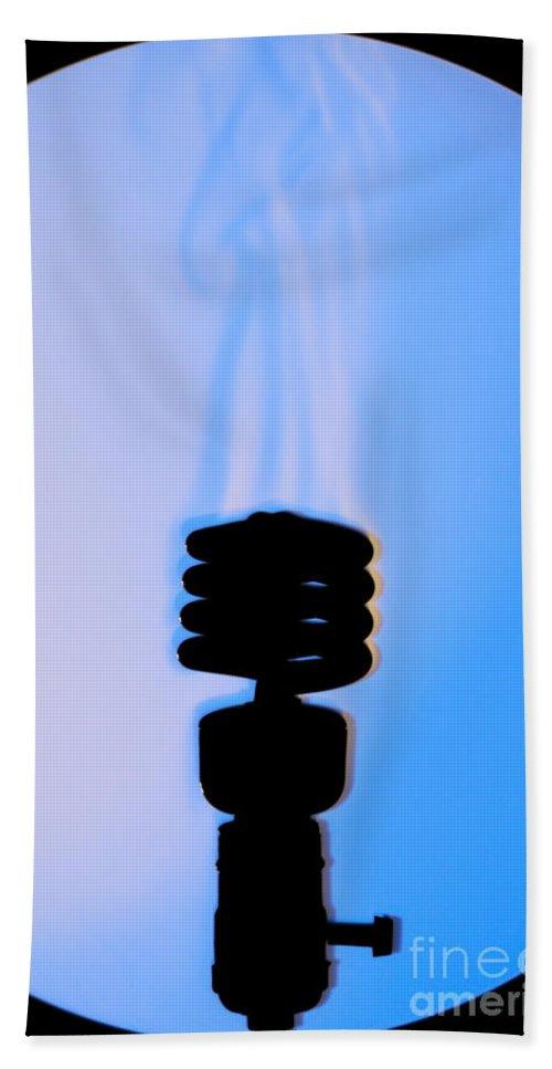 Schlieren Hand Towel featuring the photograph Schlieren Image Of A Hot Light Bulb by Ted Kinsman