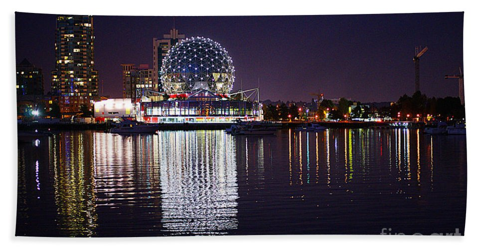 Vancouver Hand Towel featuring the photograph Science World by Randy Harris