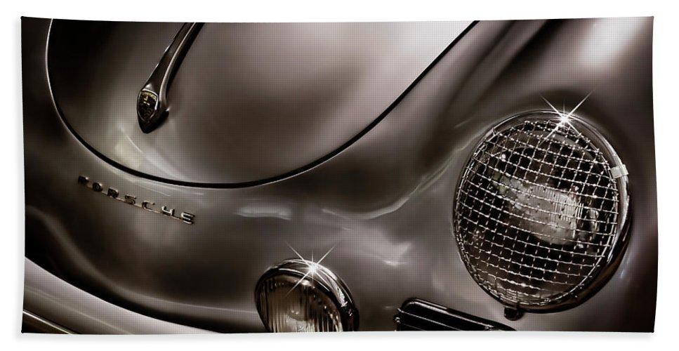 Porsche Bath Towel featuring the digital art Silver Ghost by Douglas Pittman