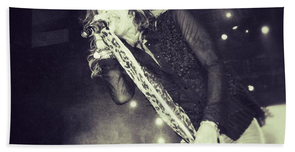Steven Tyler Hand Towel featuring the photograph Steven Tyler In Concert by Traci Cottingham