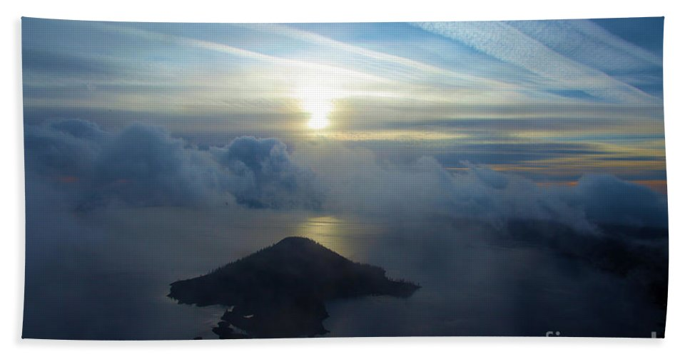 Crater Lake National Park Hand Towel featuring the photograph Wizard Sunrise by Adam Jewell