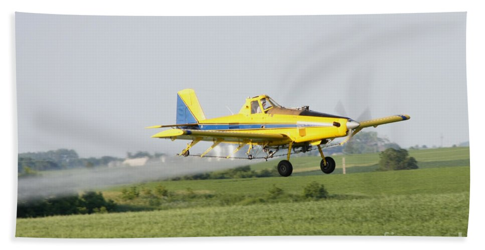 Plane Bath Sheet featuring the photograph Airplane by Lori Tordsen