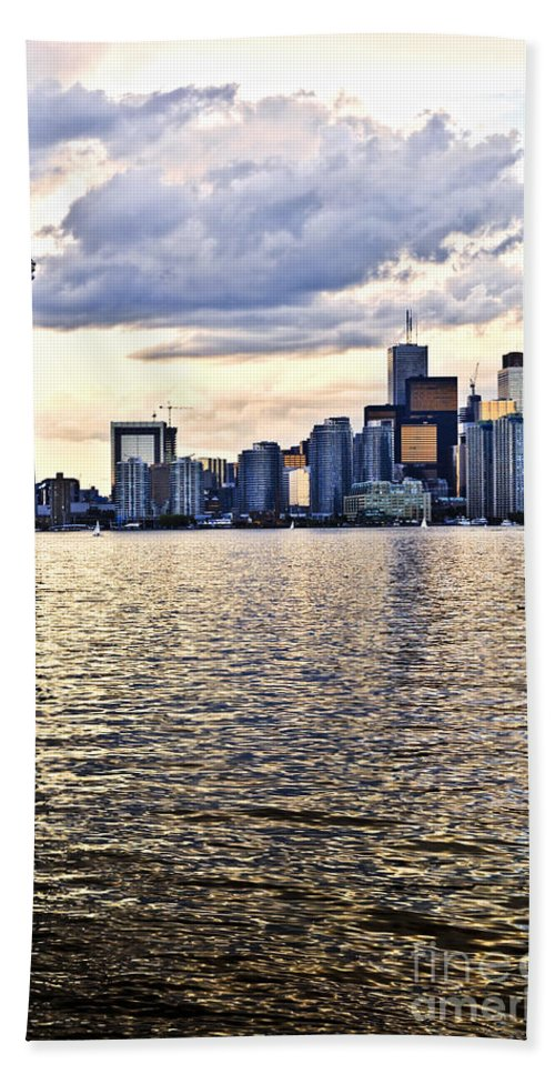 Toronto Hand Towel featuring the photograph Toronto Skyline by Elena Elisseeva