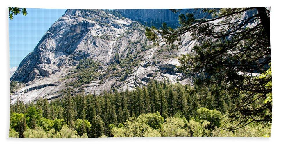 Ahwiyah Point Bath Sheet featuring the digital art Yosemite by Carol Ailles