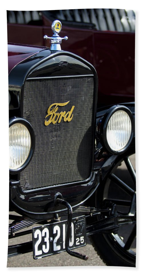 1925 Ford Model T Coupe Bath Sheet featuring the photograph 1925 Ford Model T Coupe Grille by Jill Reger