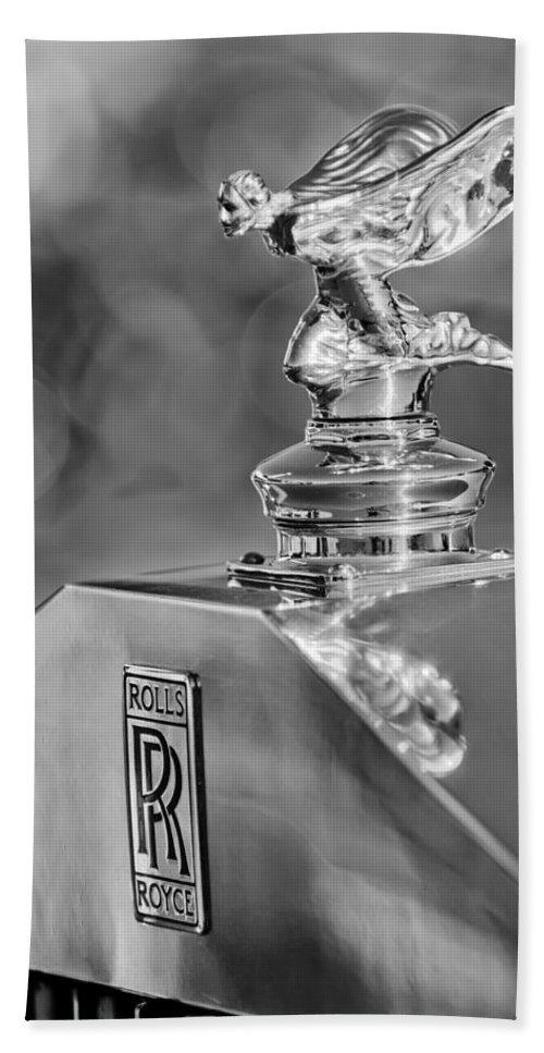 1948 Rolls-royce Bath Sheet featuring the photograph 1948 Rolls-royce Hood Ornament 2 by Jill Reger