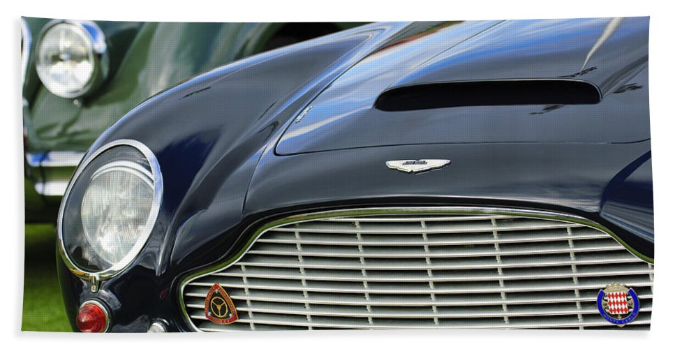 1965 Aston Martin Db6 Short Chassis Volante Hand Towel featuring the photograph 1965 Aston Martin Db6 Short Chassis Volante by Jill Reger
