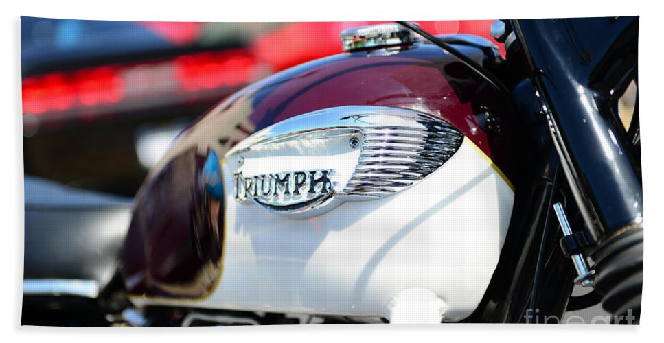 1967 Triumph Bonneville Motorcycle Hand Towel featuring the photograph 1967 Triumph Gas Tank 3 by Paul Ward