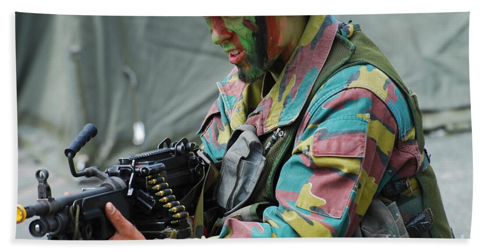 5.56mm Bath Towel featuring the photograph A Paratrooper Of The Belgian Army by Luc De Jaeger