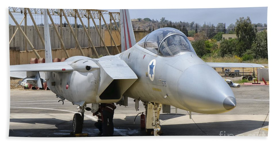 Israel Hand Towel featuring the photograph An F-15c Eagle Baz Aircraft by Giovanni Colla