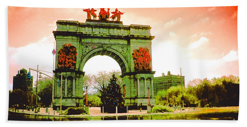 Arch Bath Sheet featuring the photograph Grand Army Plaza by Mark Gilman