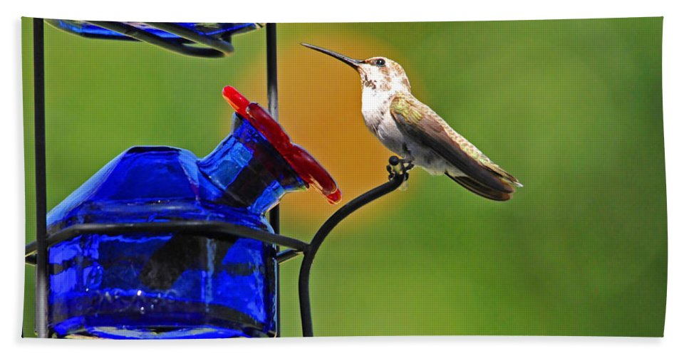 Hummers Bath Sheet featuring the photograph Hummer At The Feeder by Lynn Bauer