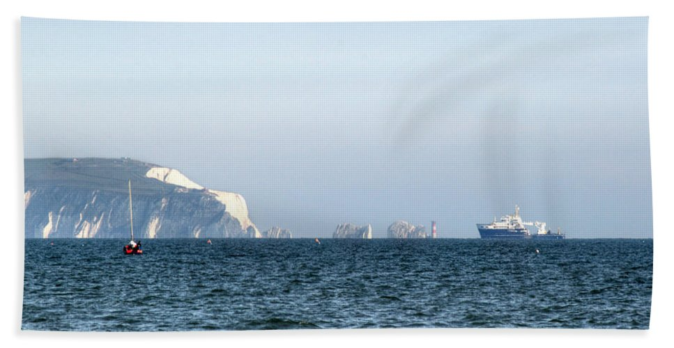 Isle Of Wight Hand Towel featuring the photograph Needles On The Isle Of Wight As Viewed From Mudeford by Chris Day