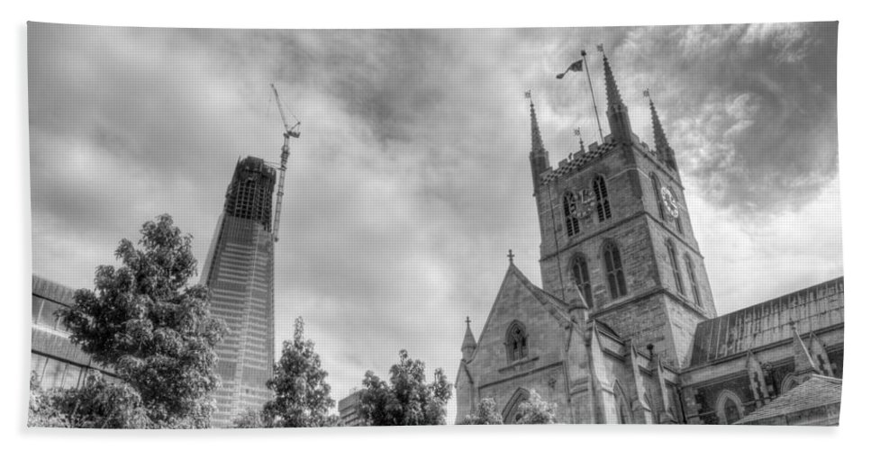 Shard Bath Towel featuring the photograph New and Old by Chris Day