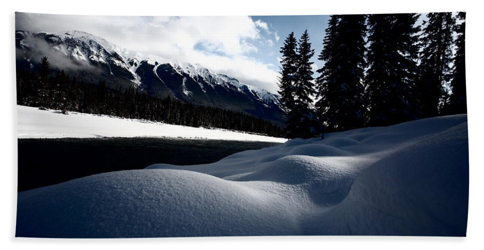 Snow Covered Bath Sheet featuring the photograph Open Water In Winter by Mark Duffy
