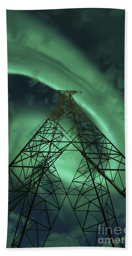Green Bath Towel featuring the photograph Powerlines And Aurora Borealis by Arild Heitmann