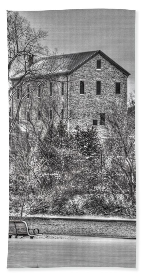 Old Hand Towel featuring the photograph The Old Mill by Bill Lindsay