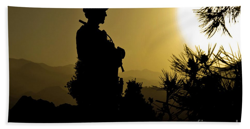 Idyllic Hand Towel featuring the photograph U.s. Army Sergeant Provides Security by Stocktrek Images