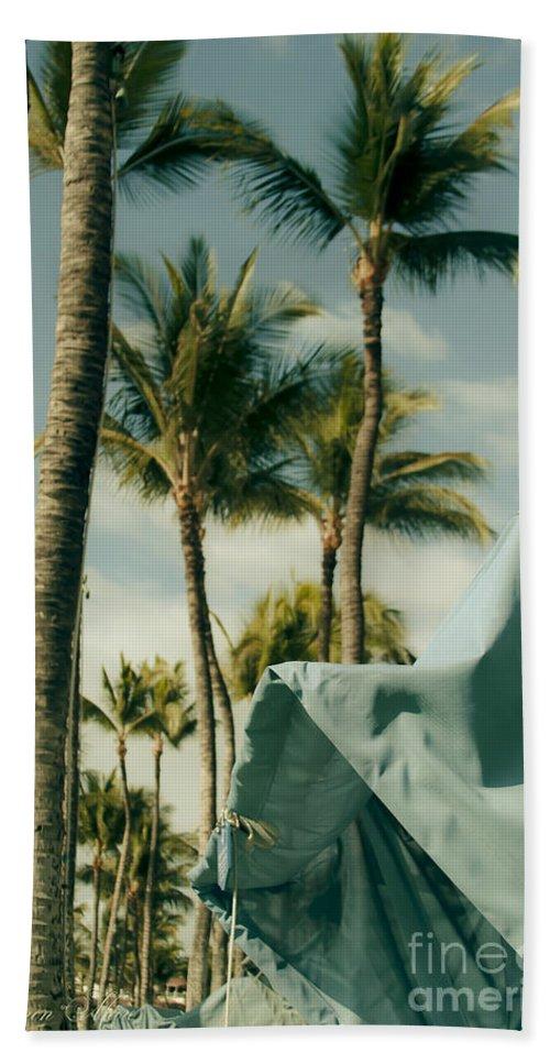 Aloha Hand Towel featuring the photograph Wailea Beach Maui Hawaii by Sharon Mau