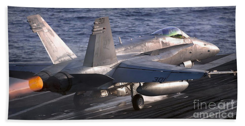 F/a-18 Hornet Hand Towel featuring the photograph An Fa-18c Hornet Launches by Stocktrek Images