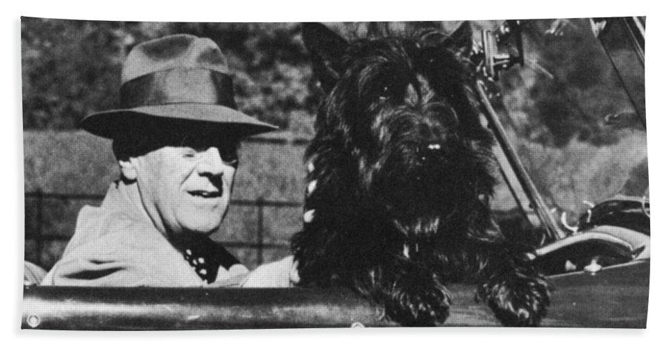 1944 Bath Sheet featuring the photograph Franklin D. Roosevelt by Granger
