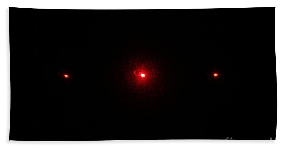Diffraction Hand Towel featuring the photograph 2d Diffraction Pattern by Ted Kinsman