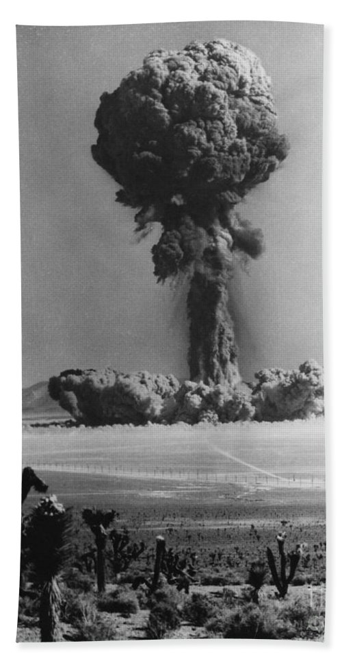 Thermonuclear Detonation Hand Towel featuring the photograph Atomic Bomb Explosion by Omikron