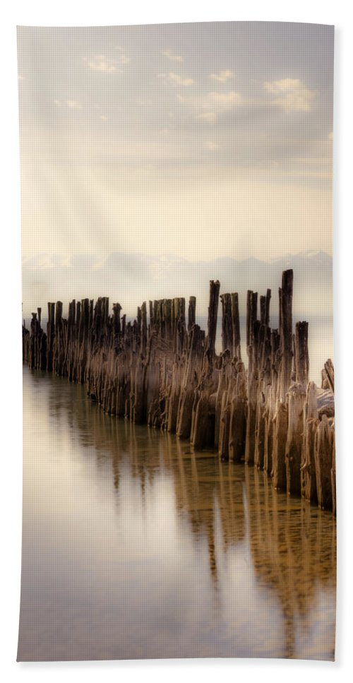 Breakwater Hand Towel featuring the photograph Breakwater by Joana Kruse