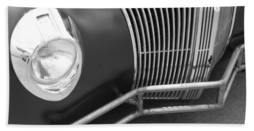 Hot Rod Hand Towel featuring the photograph Hot Rod Front by Rob Hans